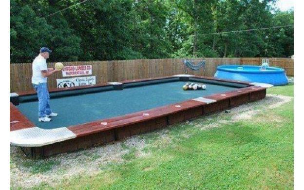 Superieur Backyard Bowling/Pool Table